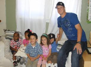 Matt Cain, SF Giants pitcher, delivering Night Night Packages